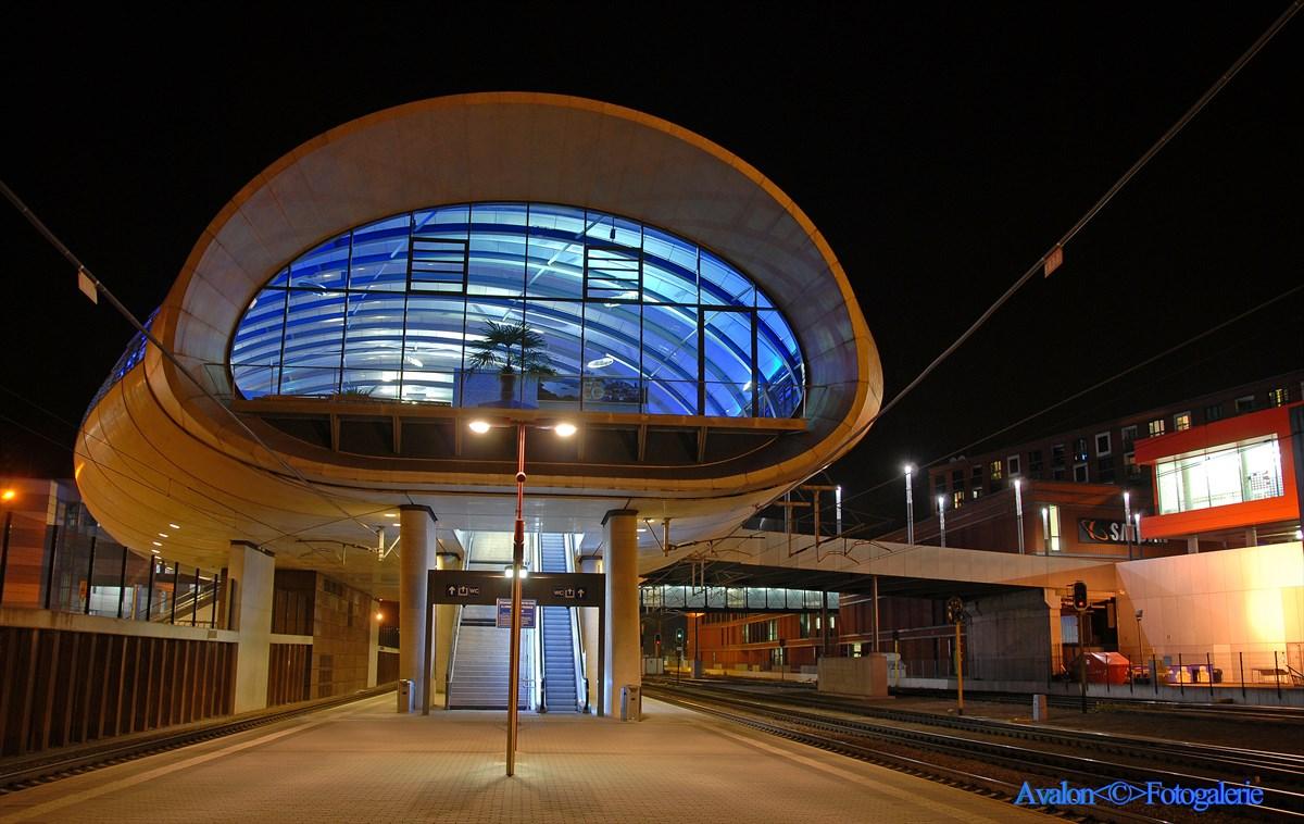 Belval Plaza Bahnhof