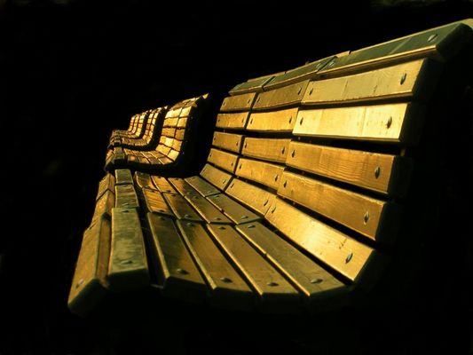 bencH oF golD