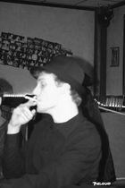 Benoît & la cigarette du HeadsUp (N&B)