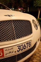 Bentley Continental vor dem Emirates Palace - Abu Dhabi