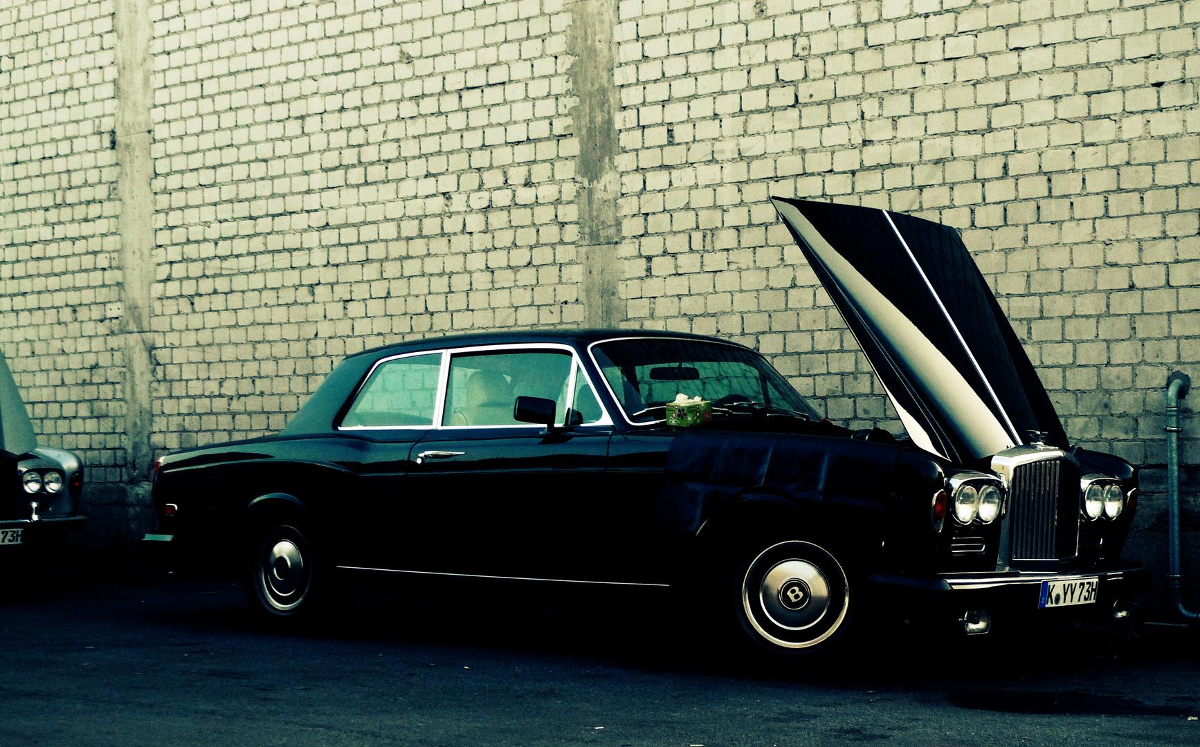 Bentley Coupe/ Corniche
