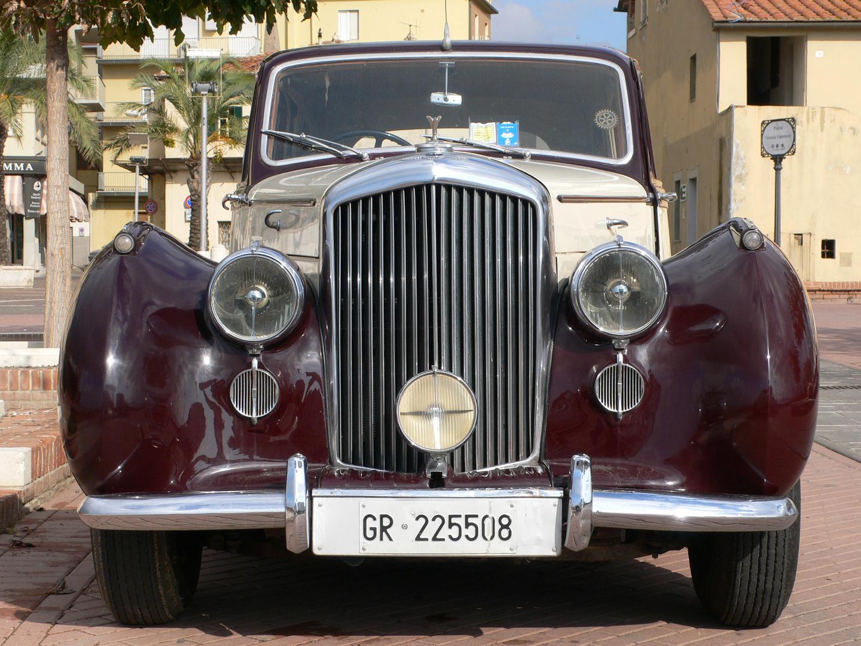 Bentleys beeindruckende Front