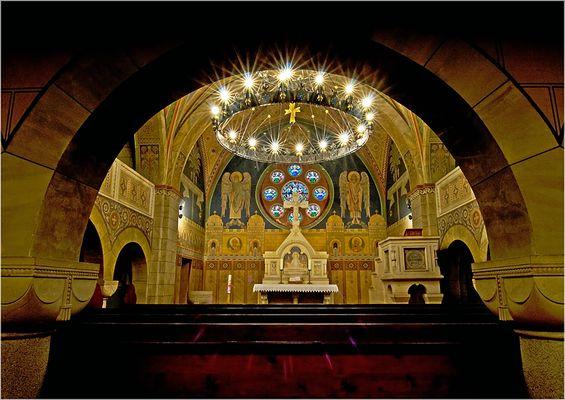 Benzingerode, Blick durch den Kirchenraum