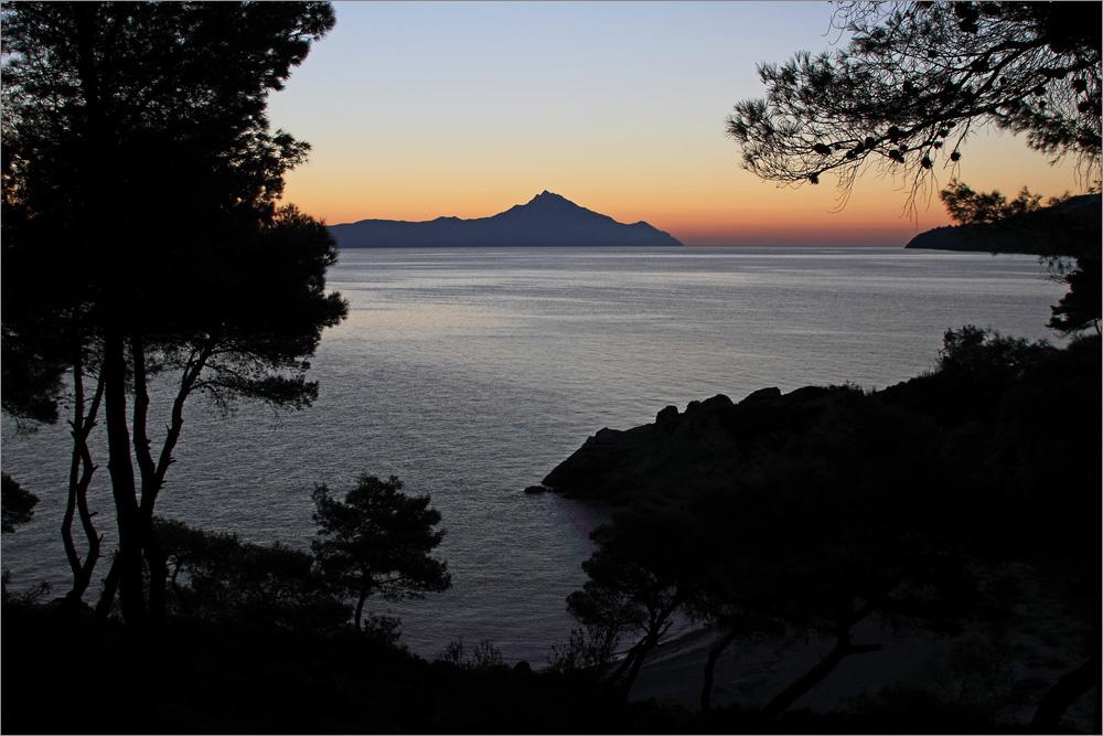 Berg Athos bevor die Sonne kommt