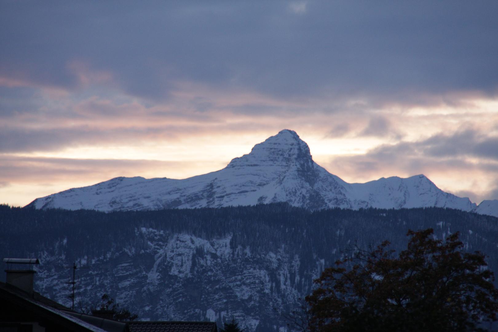 Berg bei Sonnenuntergang