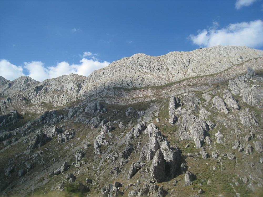 Berg während einer Fahrt