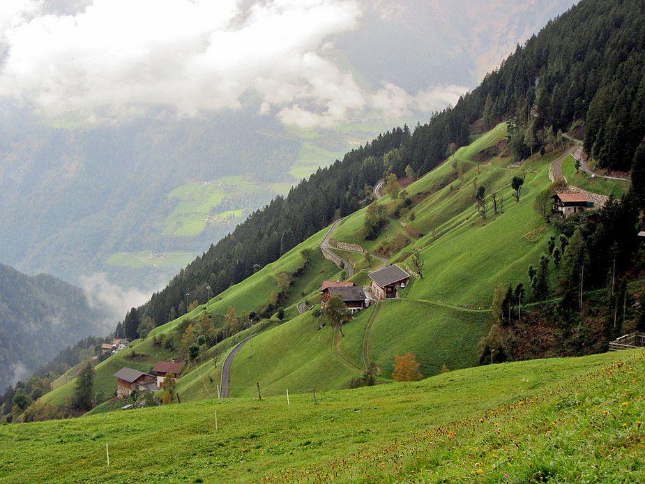 Bergbauernhöfe ...