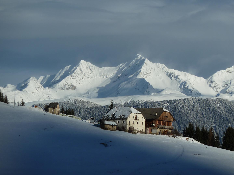 Bergbauernhof im Winter