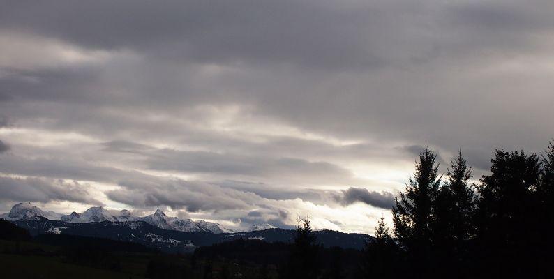 Berge bedeckt mit Schnee...