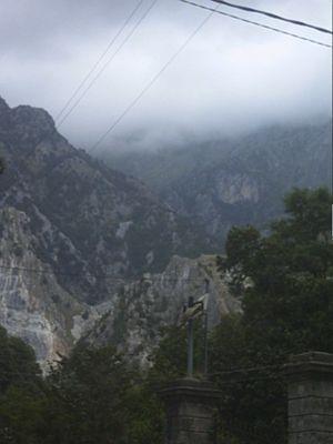 Berge bei Marina di Massa