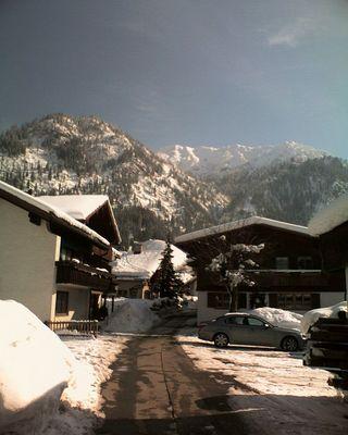 Berge, Schnee und ein BMW...