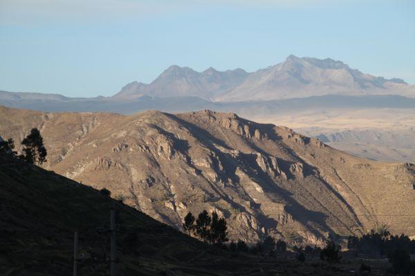 Bergkette im Colcacanyon in Peru