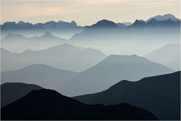 bergmorgennebelschichtig