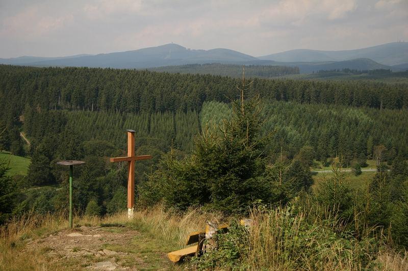 Bergpanorama vom Kapitelsberg (528 m) ...