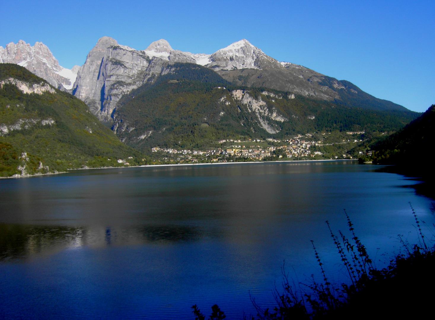 Bergsee in den Brenta-Dolomiten