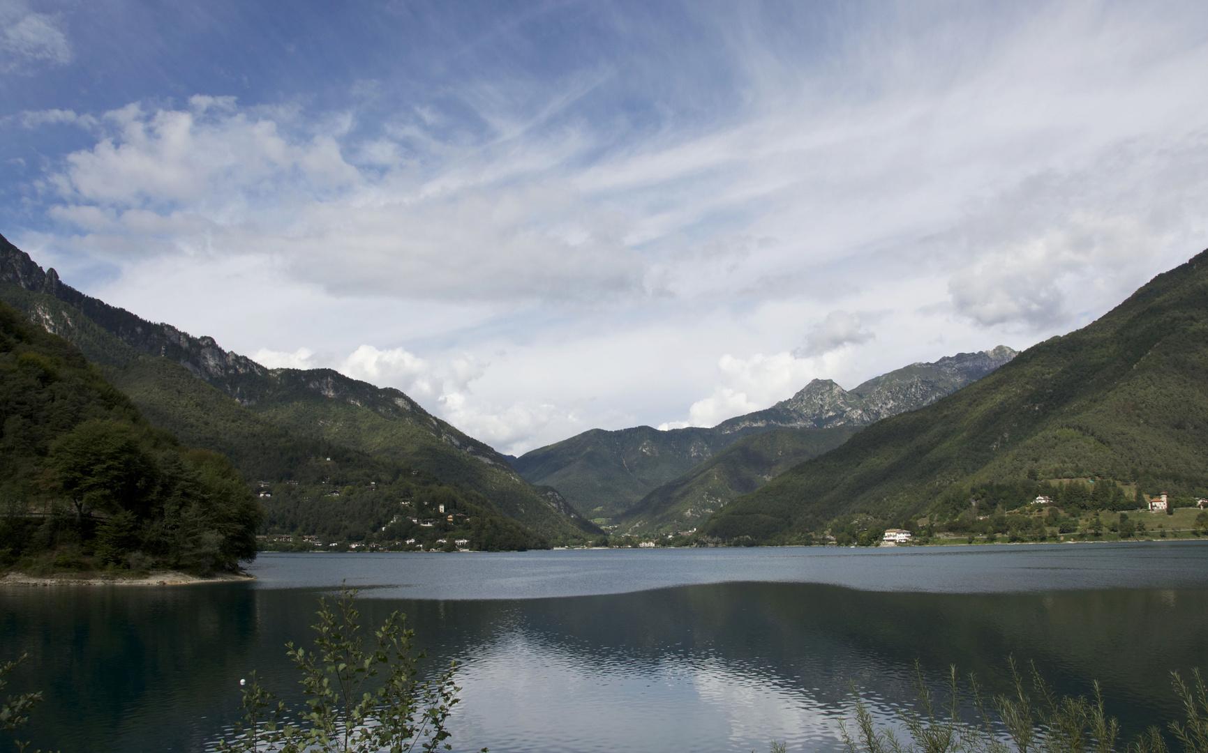 Bergsee in Molina Valle di Ledro in Italien