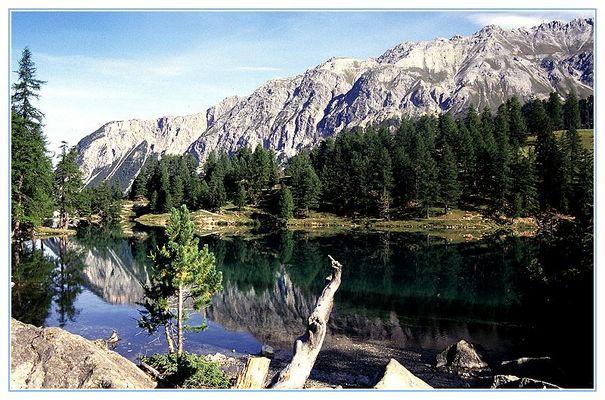 Bergsee unterhalb vom Albulapass, Schweiz