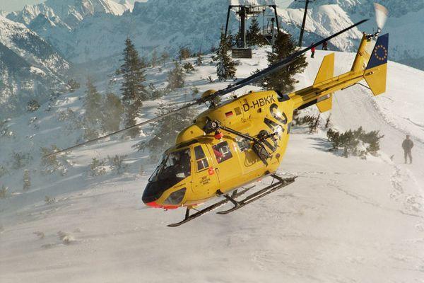 Bergwacht-Heli macht sich auf den Weg