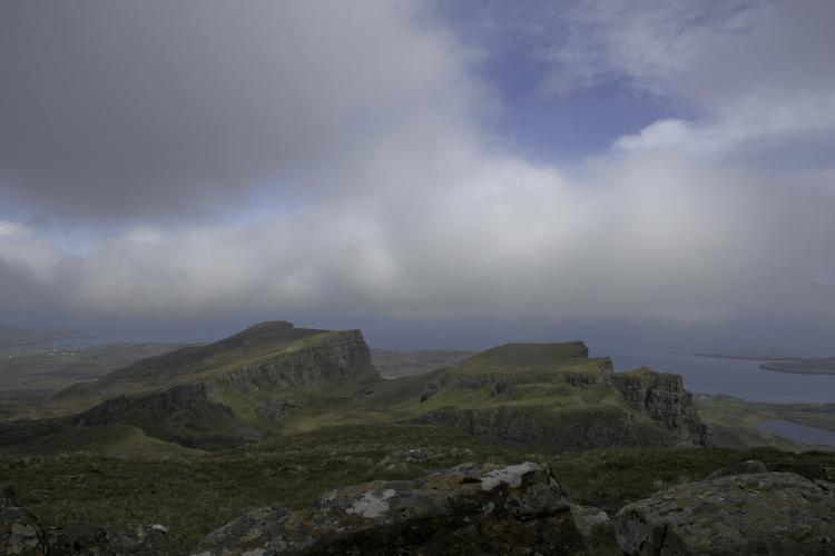 Bergwandern im Nebel