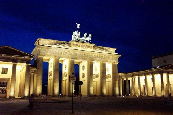 Berlin - Brandenburger Tor im Winter