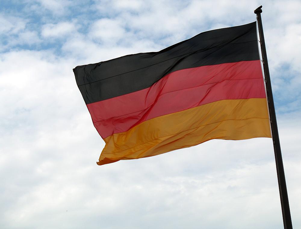 Berlin - Deutschlandfahne...