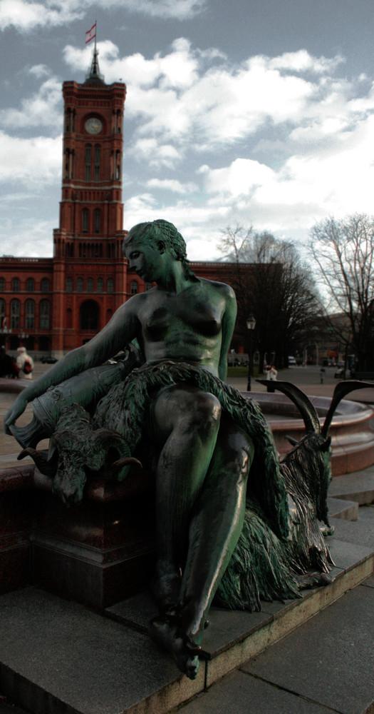 Berlin, du bist die Königin der Nacht