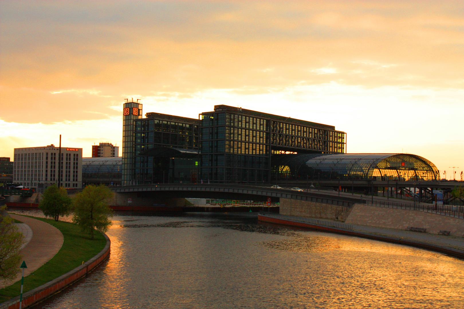 Berlin du kannst so hässlich sein :)