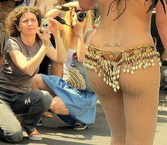 Berlin : Karneval der Kulturen (2) Nicht nur ein Männermotiv!