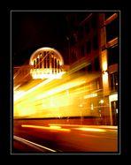 Berlin Mitte bei Nacht 7 - Gelb