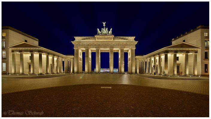 Berlin Pariser Platz mit Brandenburger Tor
