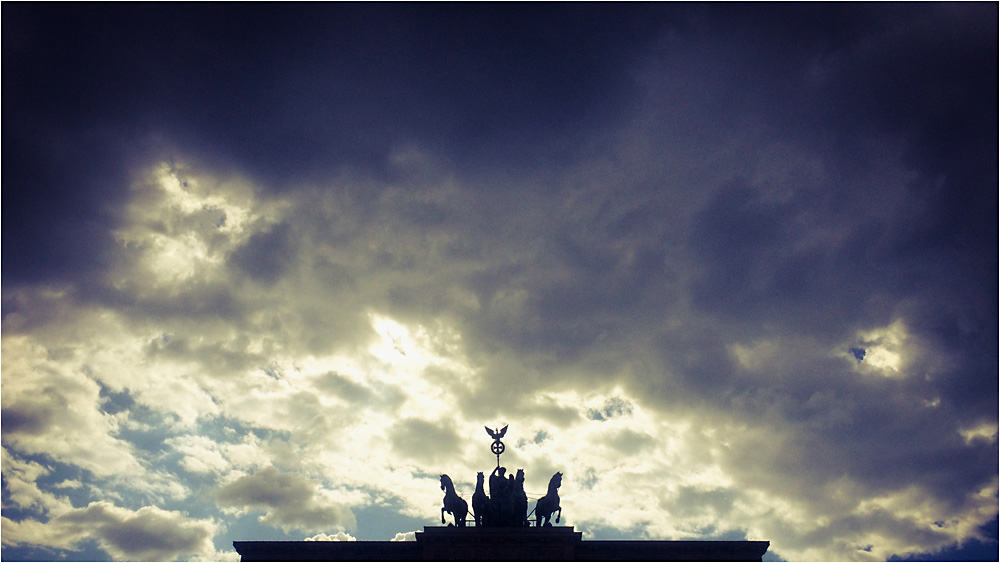 ..... Berlin Roof I  .....