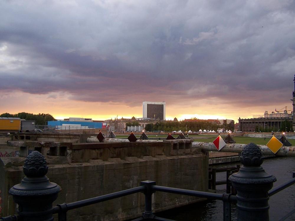 Berlin Sonnenuntergang 08/09