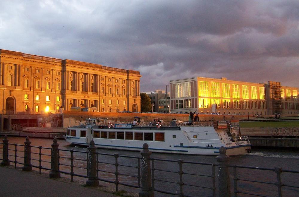 Berlin Sonnenuntergang 08/09 Teil 2