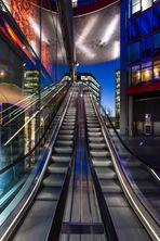 Berlin - Sony Center, Rolltreppe