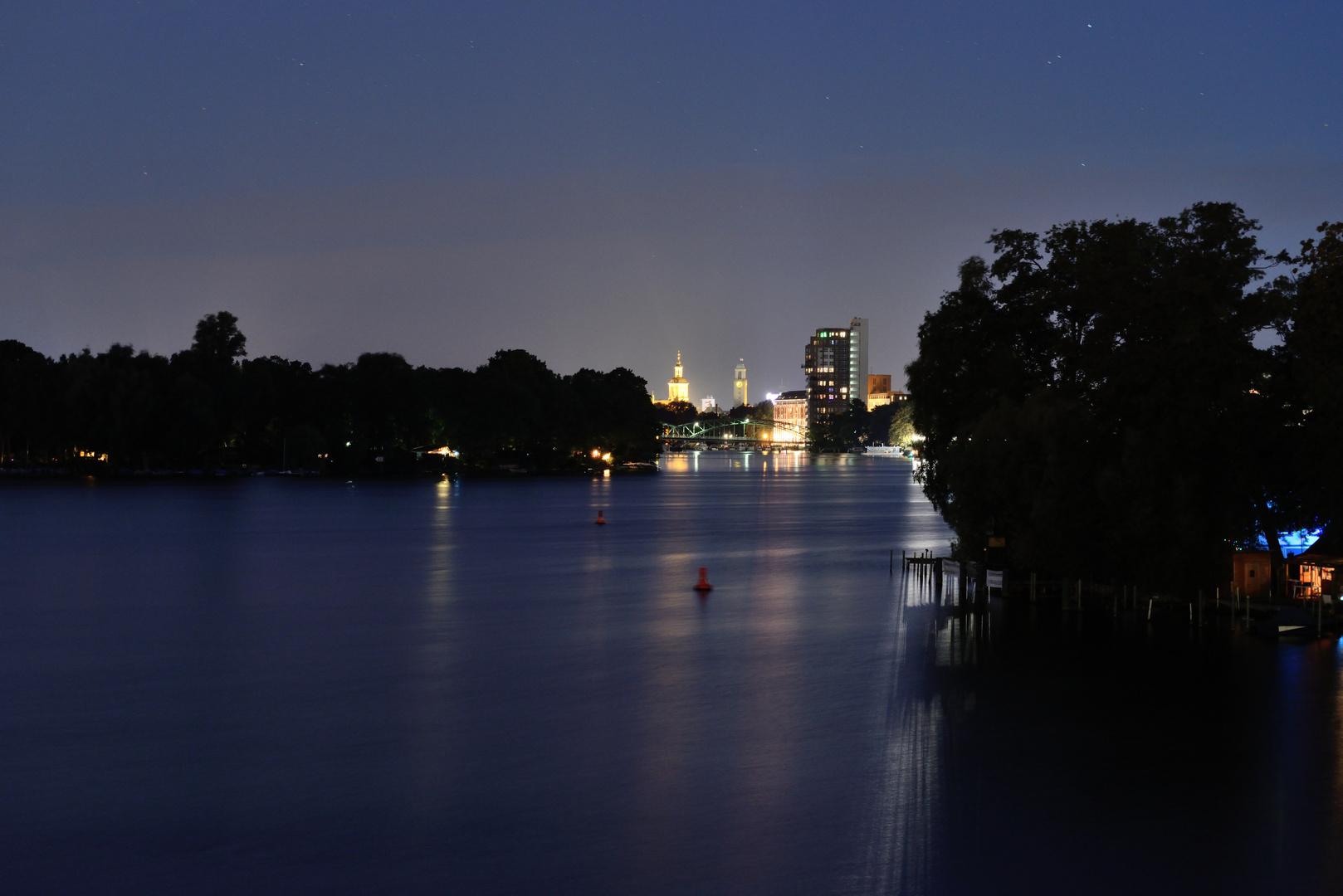 Berlin Spandau bei Nacht