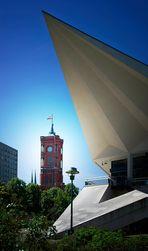 Berlin - Uhrenturm des Roten Rathauses