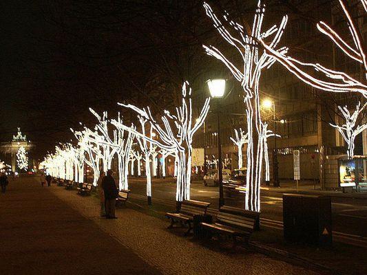 Berlin, Unter den Linden in der Vorweihnachtszeit