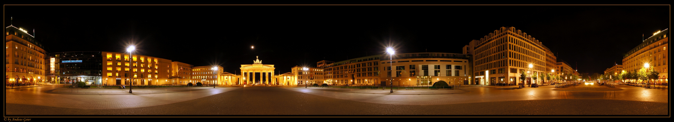 Berlin - Unter den Linden, vor dem Brandenburger Tor (2D Ansicht)