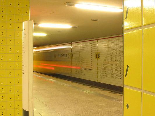 Berlin unterwegs (IV) - mit oder ohne Punkt und Komma....