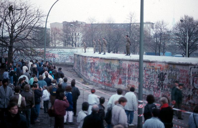 Berlin Wall: 12 November 1989