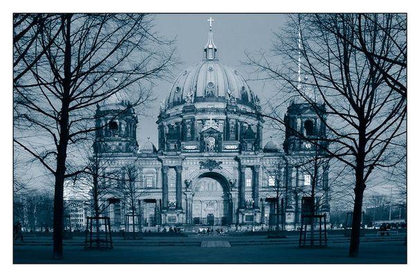 Berliner Dom im November