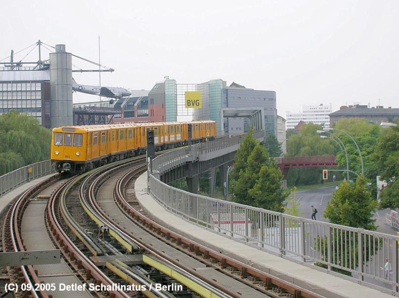 Berliner U-Bahn -Hochbahn