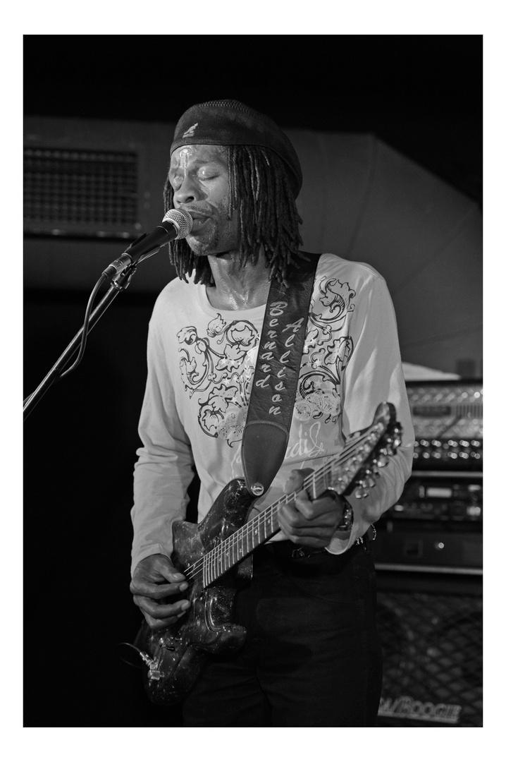 Bernard Allison - live in Regensburg, 02.02.2011