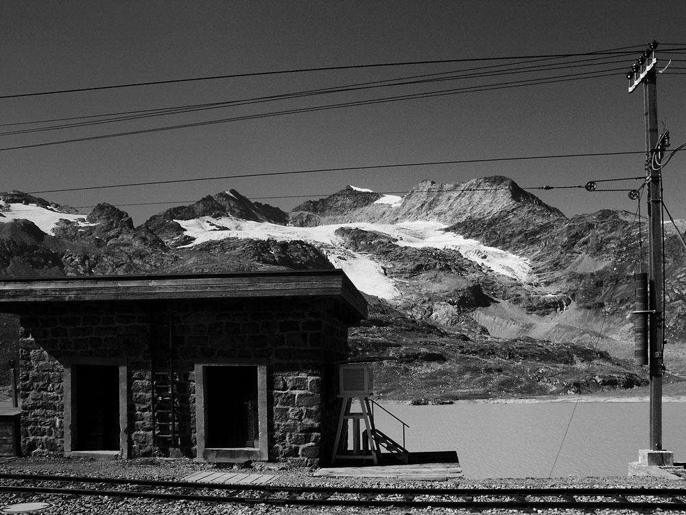 Bernina Pass - Lago Bianco