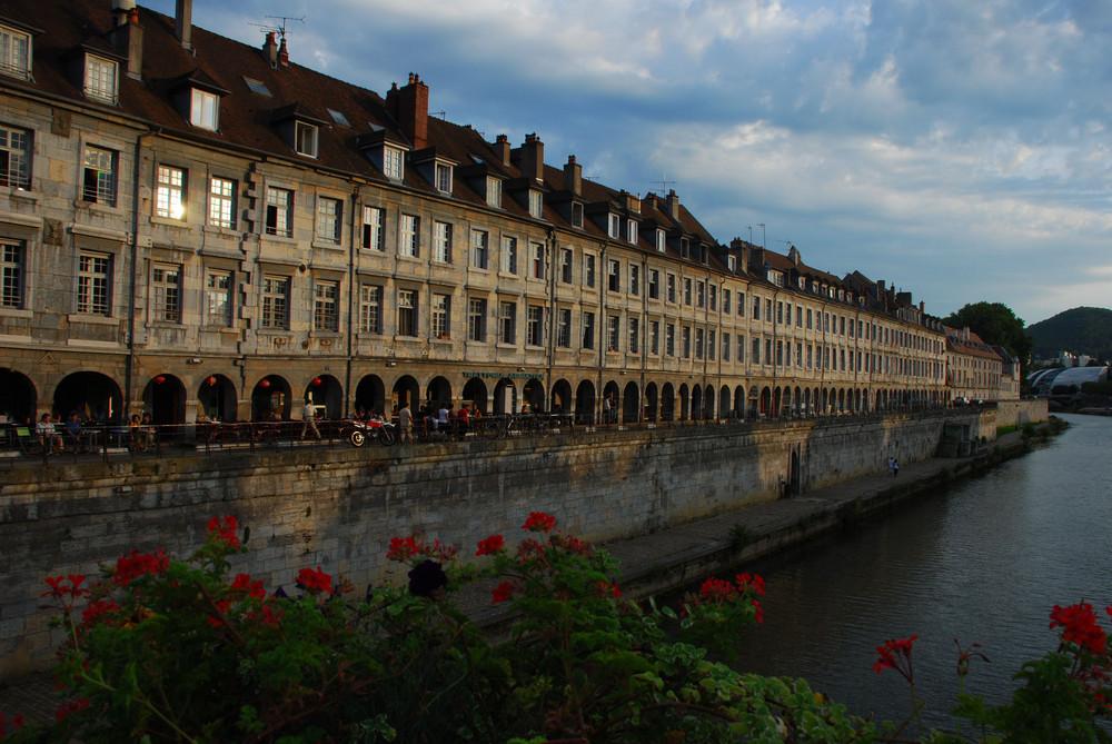 Besancon - Uferpromenade