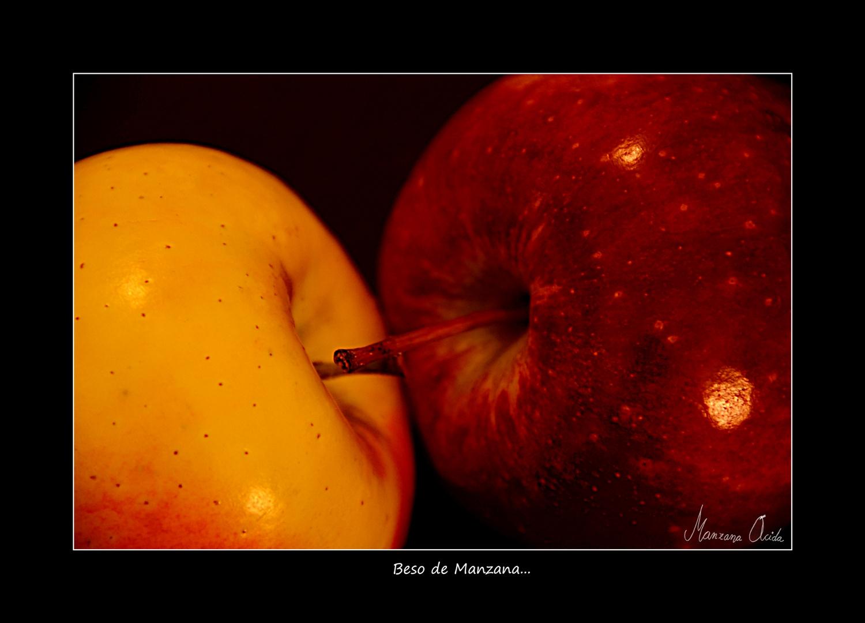 Beso de Manzana...