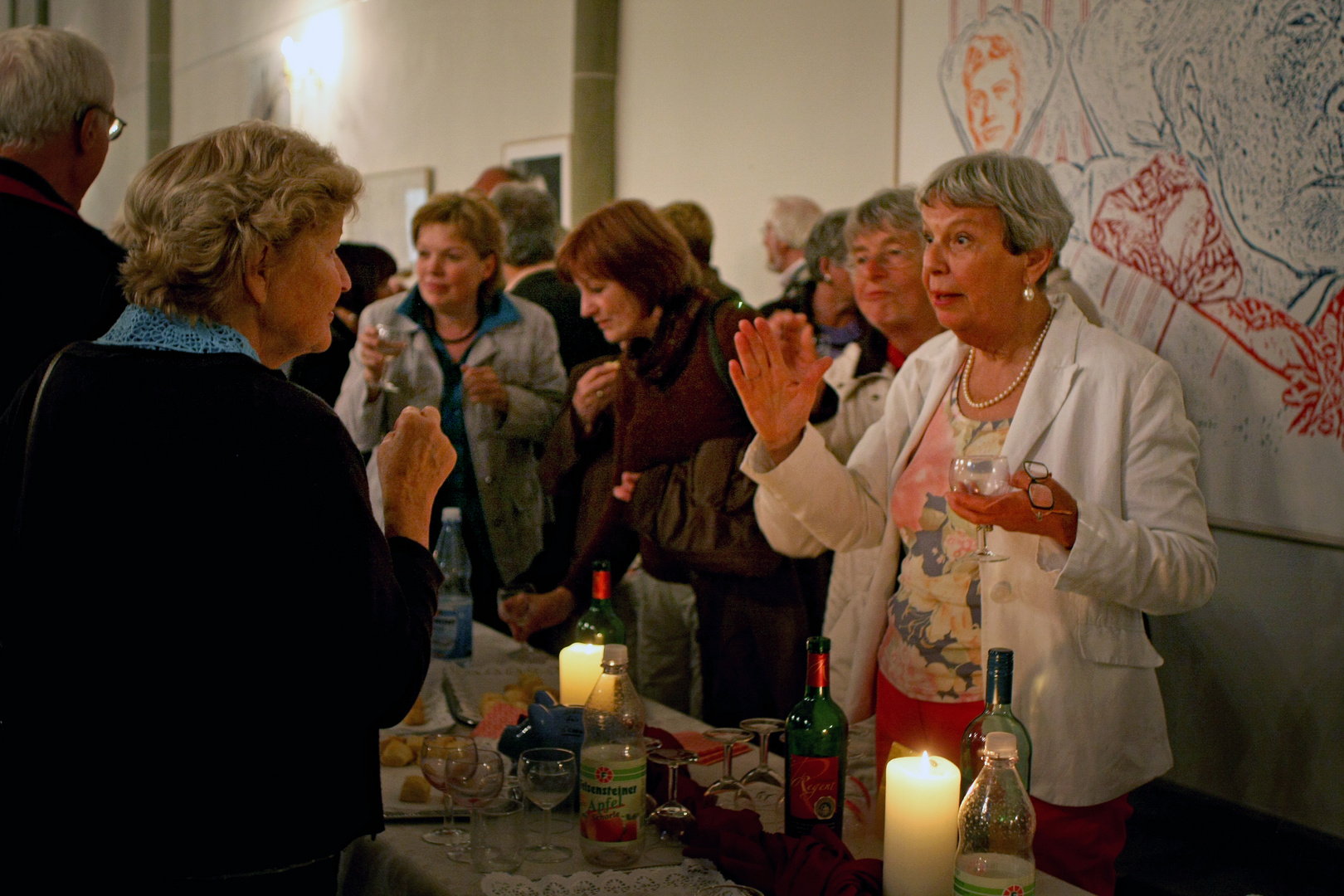Besucher in der Thomae-Kirche in Soest …