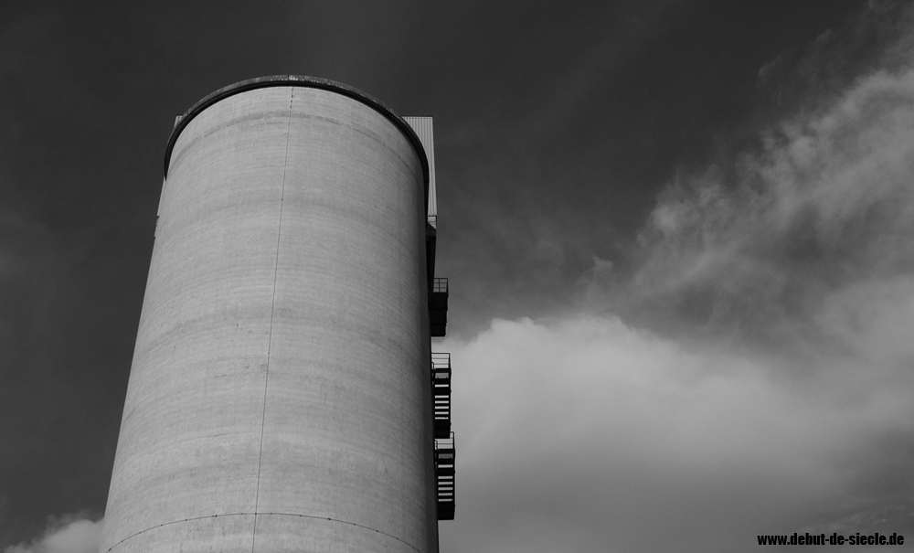 Beton-Turm