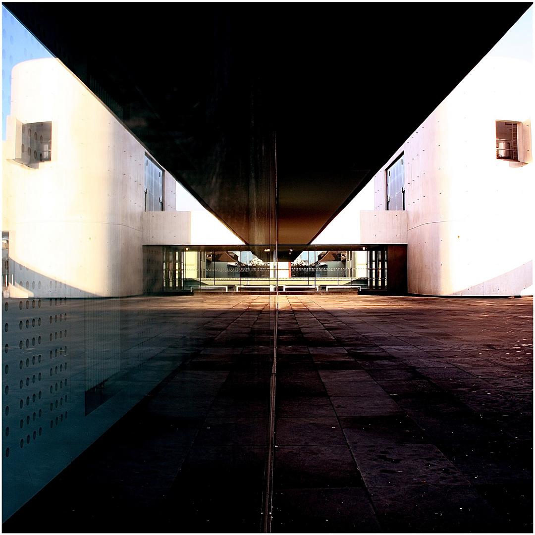 beton.gespiegelt