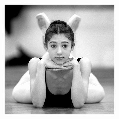 ... betont gelangweiltes Herumliegen beim Balett